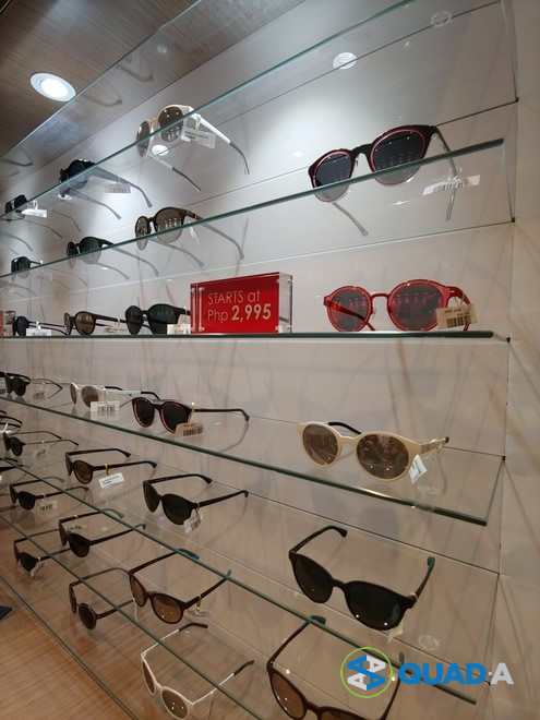 Acienda Designer Outlet Sunglasses at Sunglass Haven outlet store