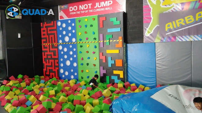 Bounce Philippines Wall Climbing