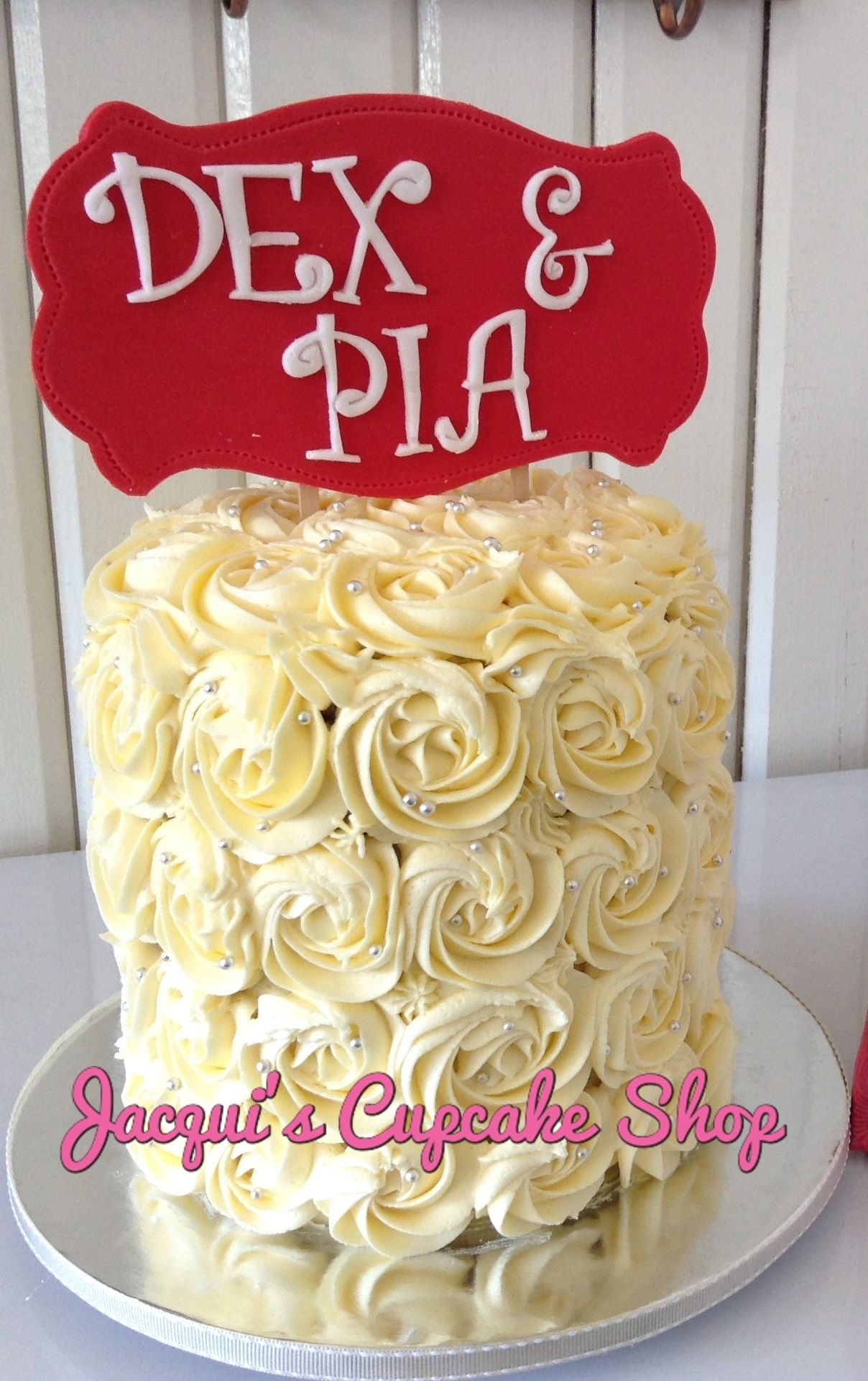Jacqui's Customized wedding cake