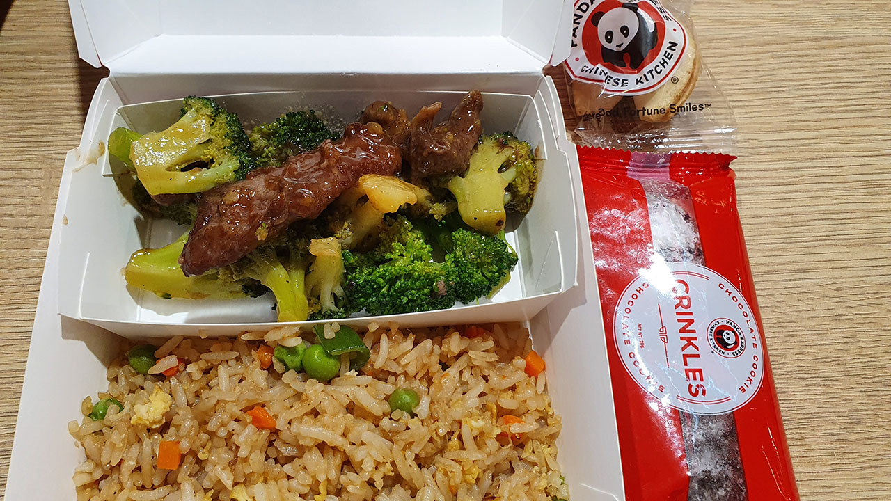 Panda Express Kids Meal Size includes Ice Tea drink, chocolate crinkles and fortune cookies (180 Pesos)